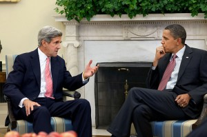 John Kerry with Barack Obama c WH